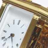 image of gold coloured mechanical carriage clock